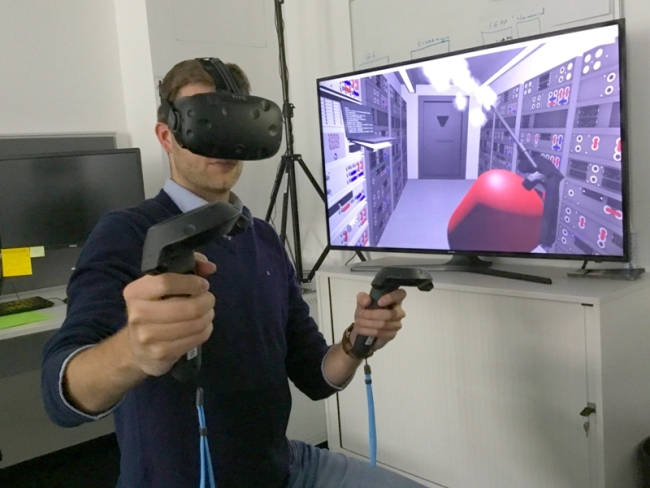 Above Projection Screens – Virtual Reality Concepts & Future Challenges