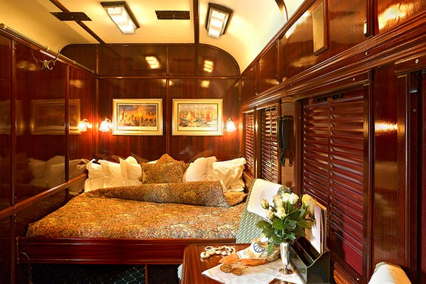 The Best of India, Board the Best Train of India!