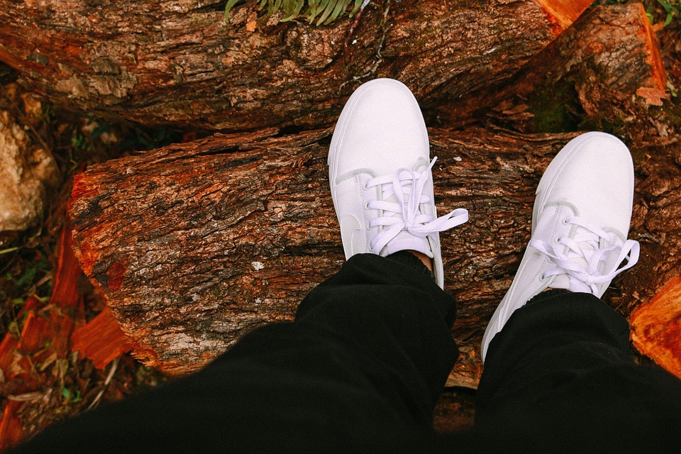 Three White Basketball Shoes to Rock in Parties