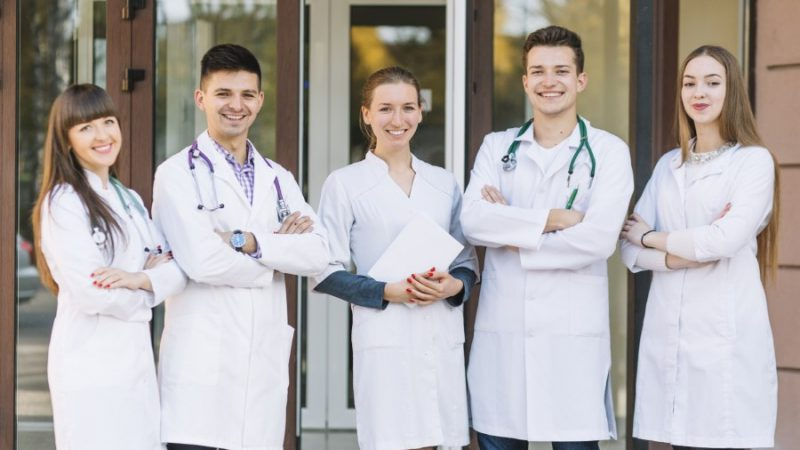 7 Benefits of Hiring a Medical Staffing Agency in 2020
