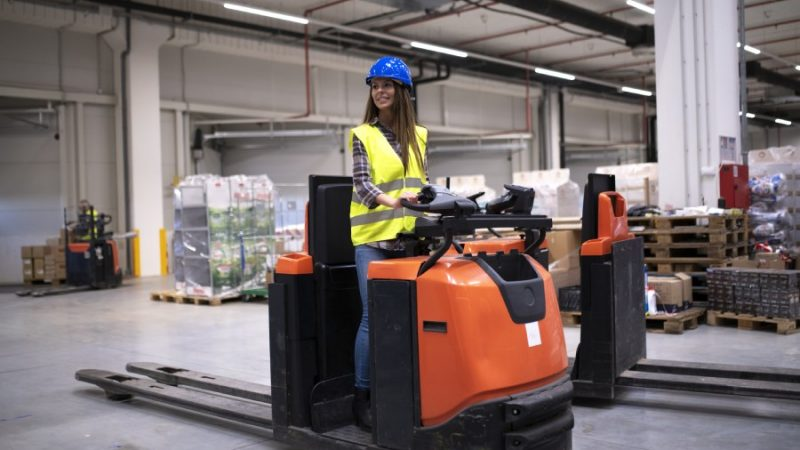 Purchasing Forklifts – The Things You Need to Know